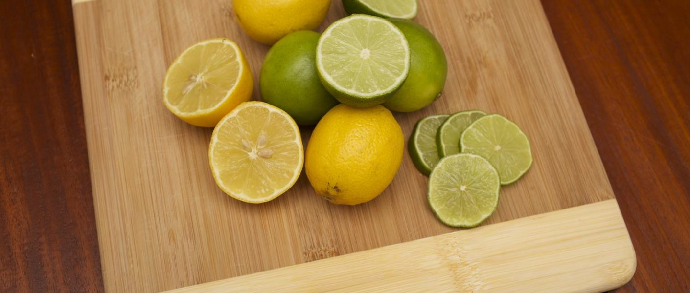 Lemon juice face pack for oily skin treatment at home