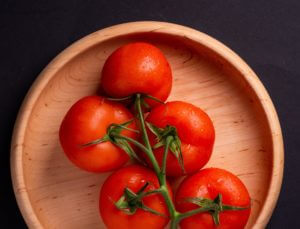 Tomatoes for home beauty and home remedies