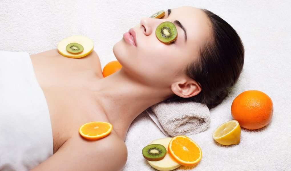 Top Secrets of beautiful skin, Women with home remedies