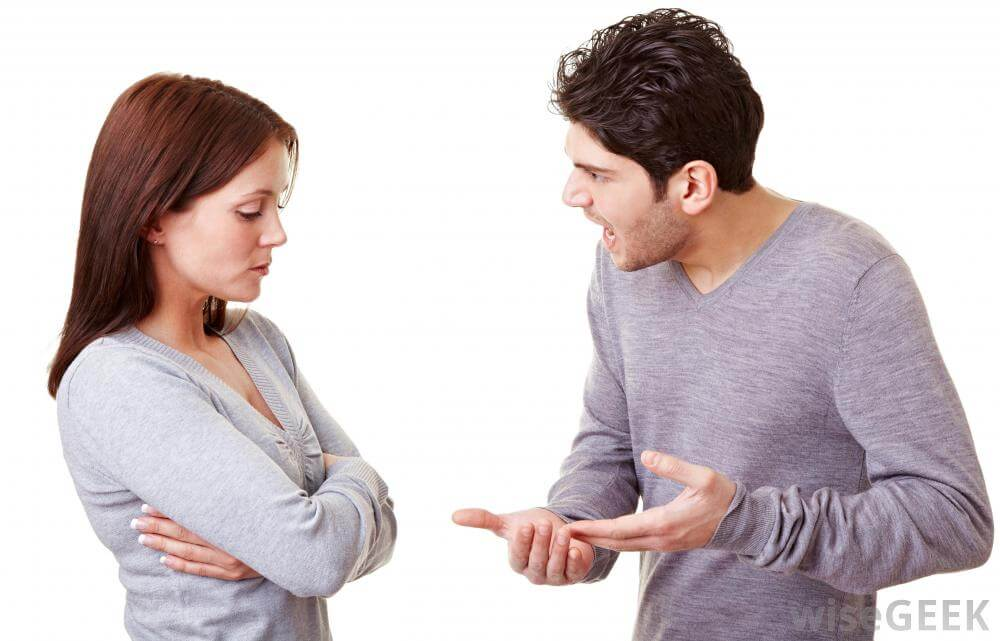 Paranoid Personality disorder man-yelling-at-woman