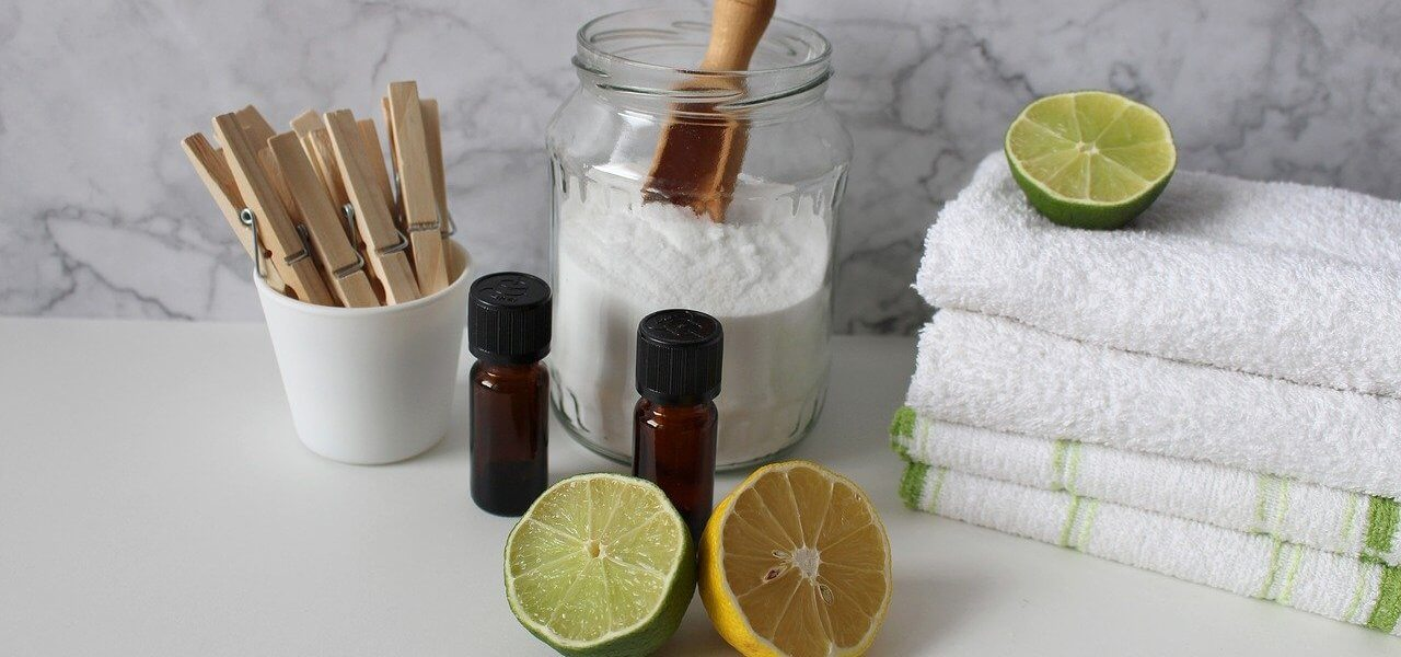 Lemon and Baking soda for body odor cure